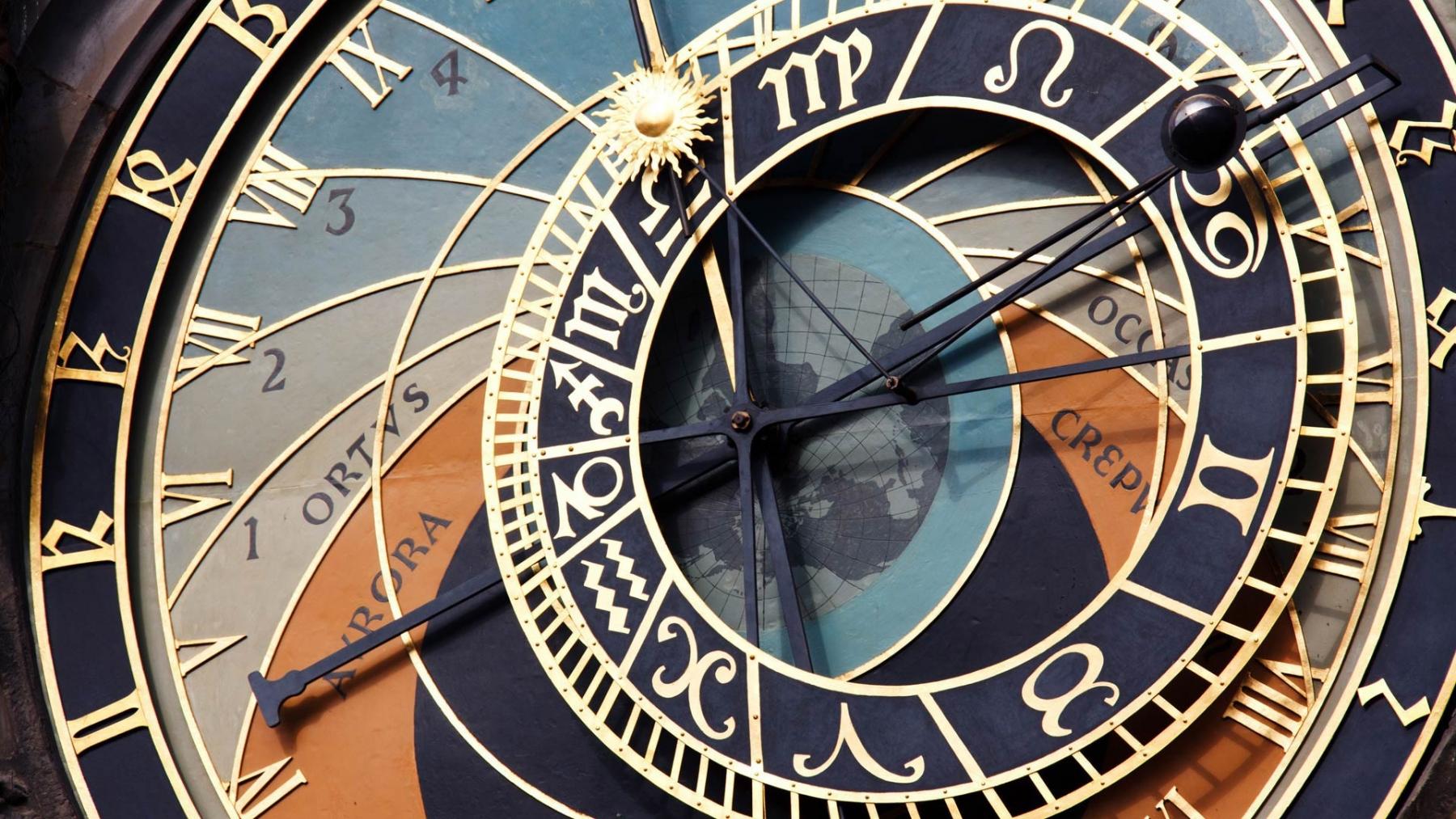 Die Altstädter Uhr sagt, dass es Zeit ist
